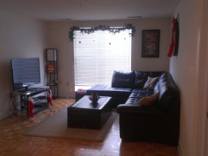 LUXURY 2 BEDROOM/ 2 BATH APT...MINUTES FROM METLIFE STADIUM